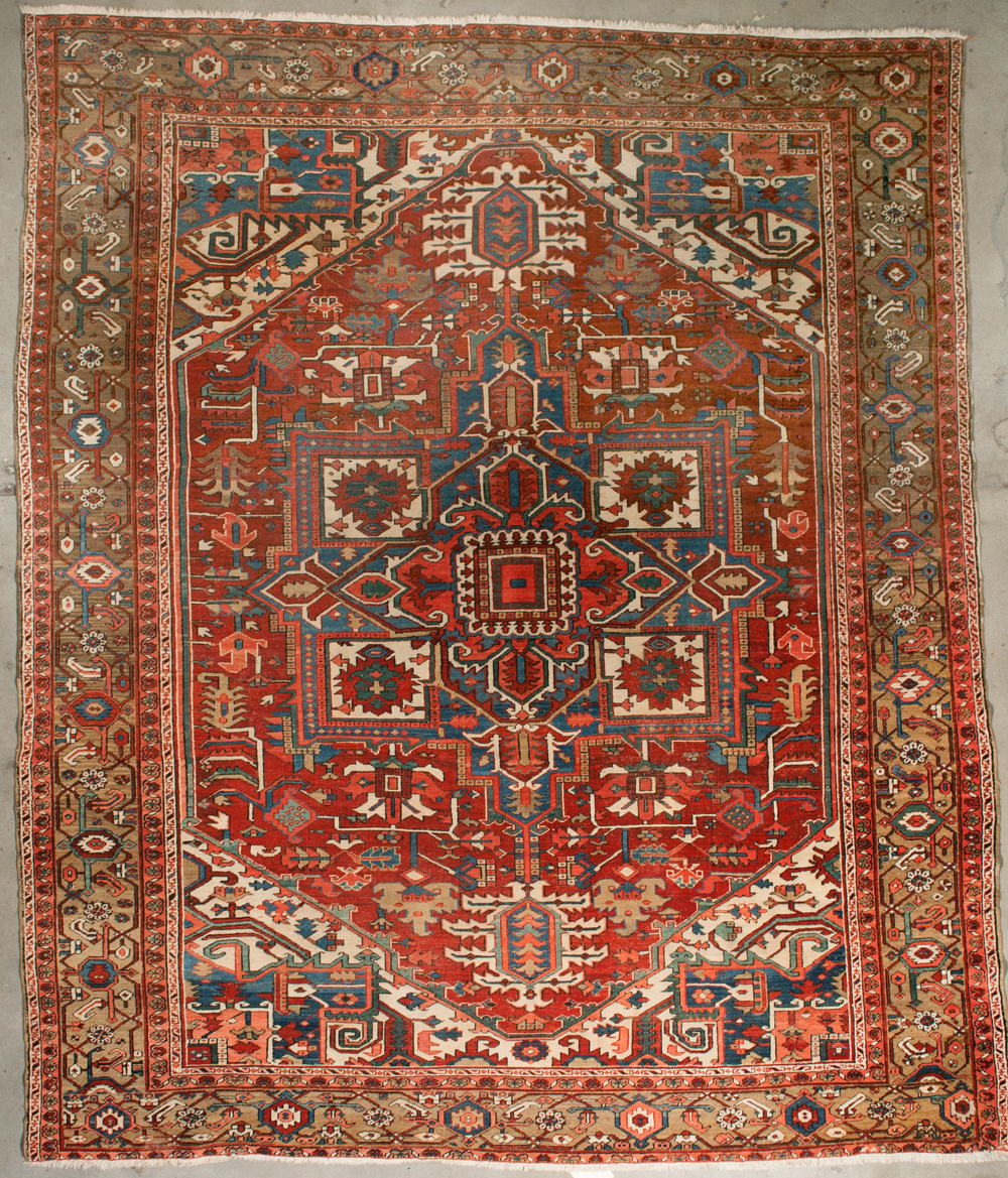 Antique Serapi Rugs and more oriental carpet 35929-