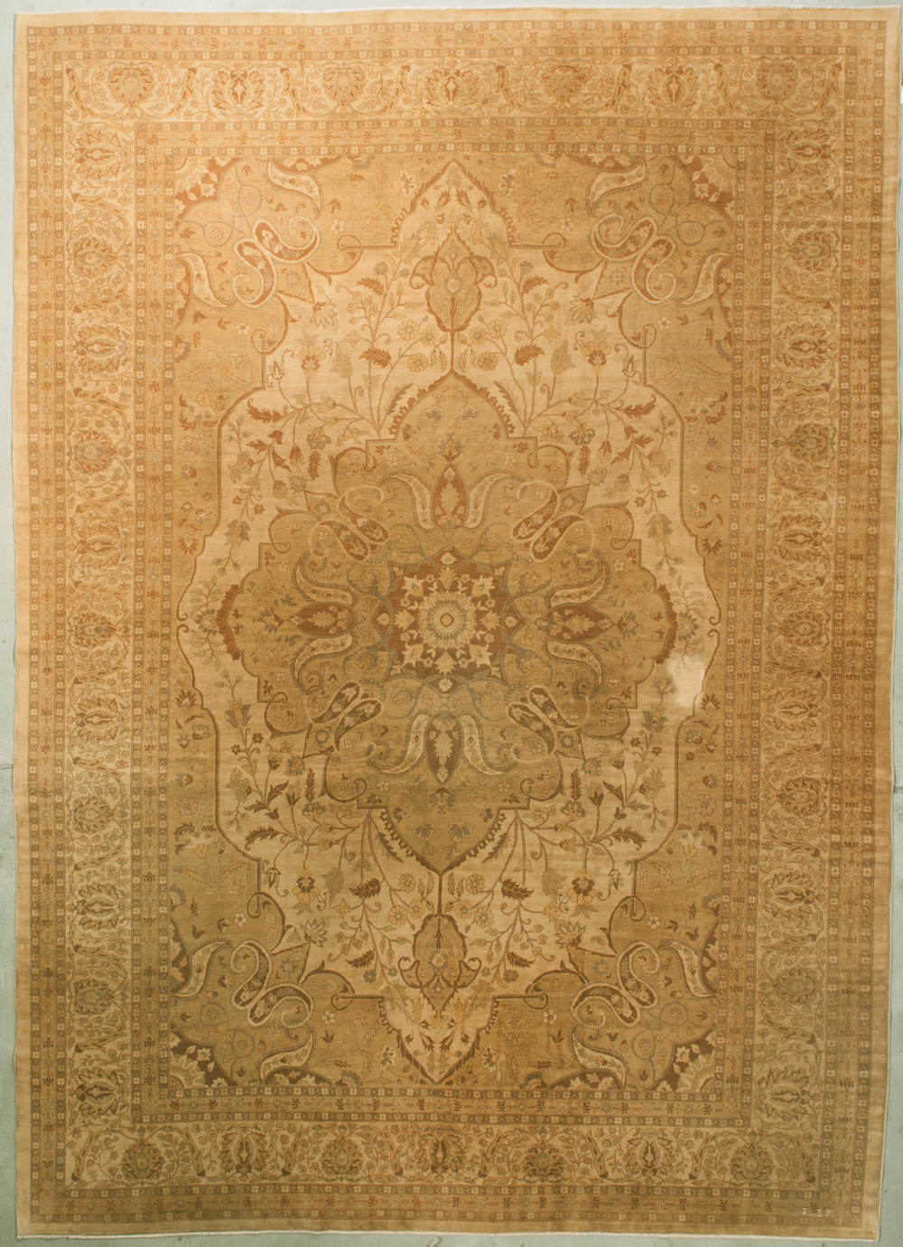 Finest Haj-Jalili Tabriz Rugs and more oriental carpet 35502-