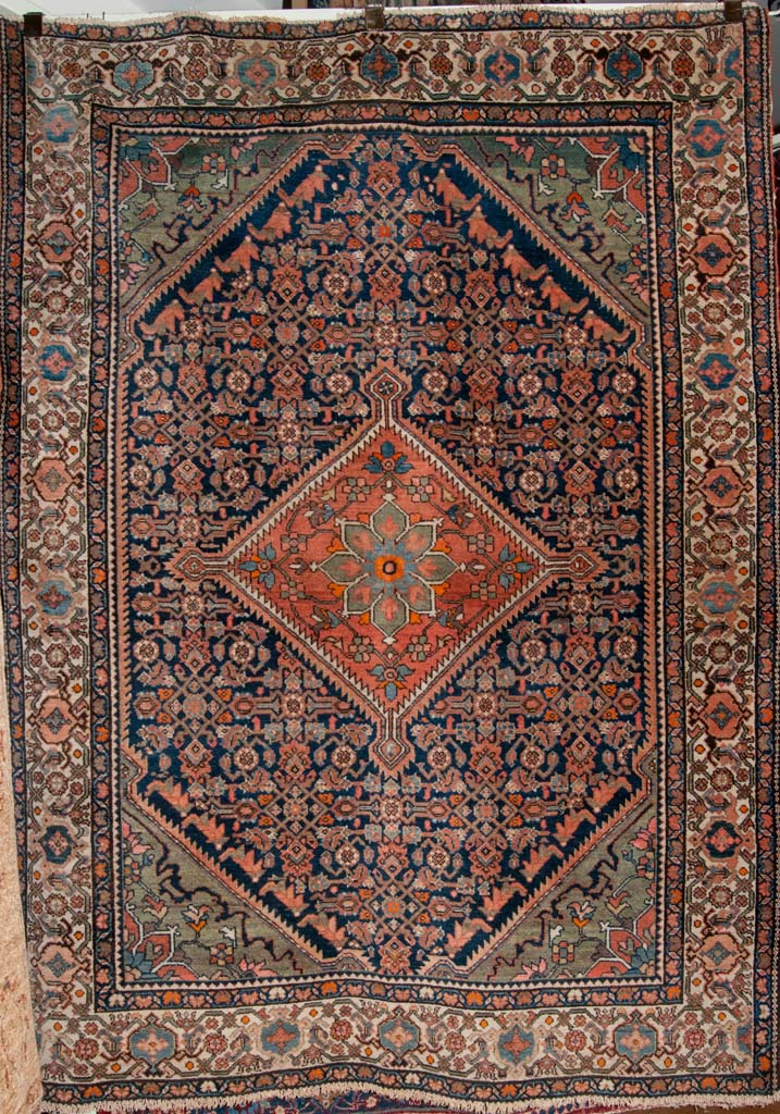 Fine Antique Farahan Persian Rug