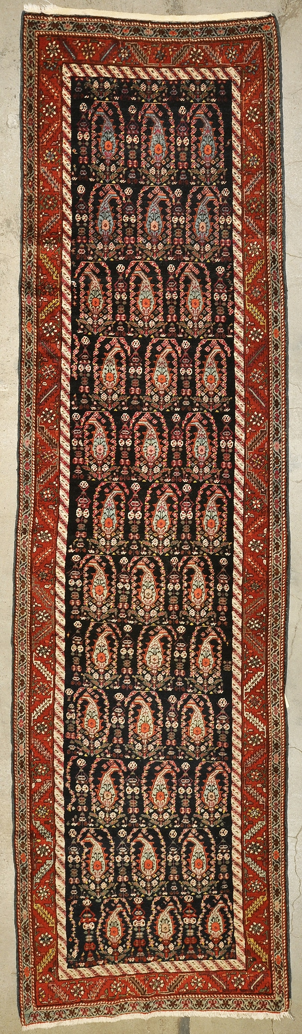 Fine Caucasian Runner rugs and more oriental carpet 43878-