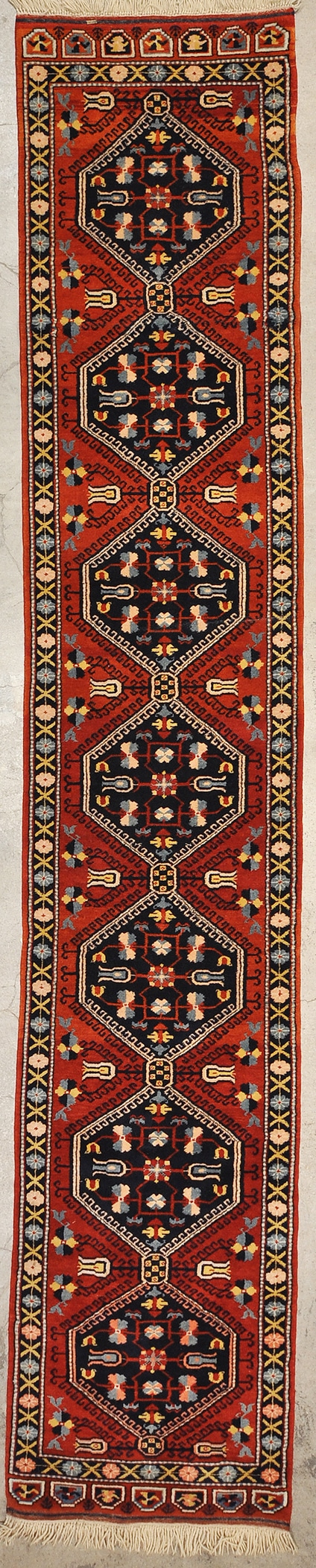 Fine Bergama Runner rugs and more oriental carpet 43896-