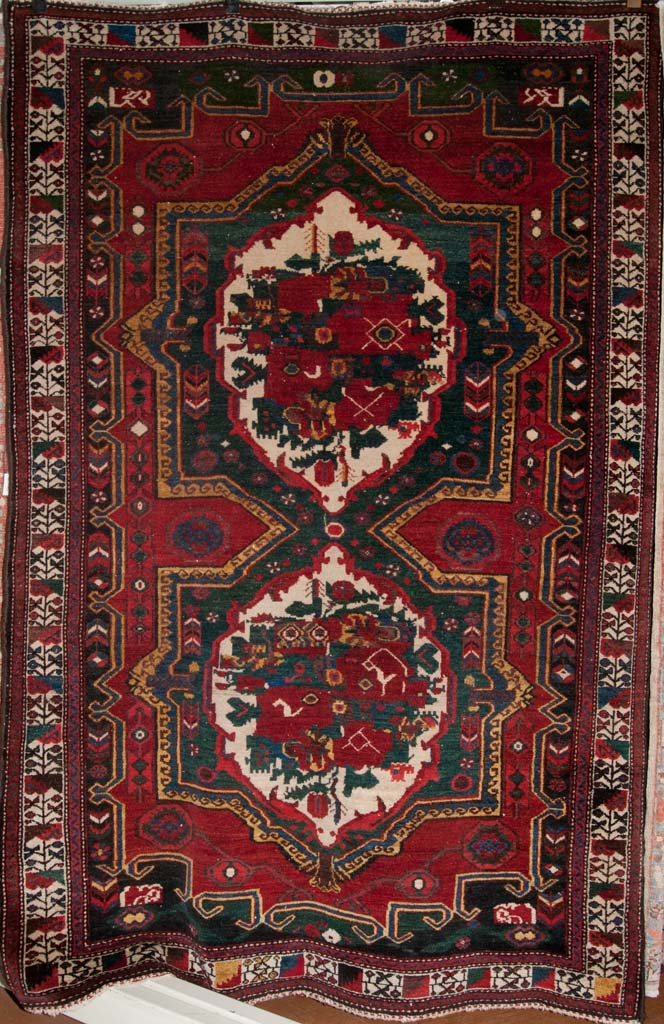 Antique-Gole-Farangi-Bakhtiari-Persian-Rug_35100