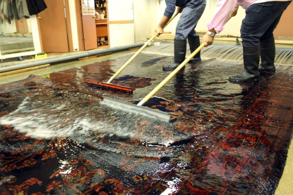 Selecting an Oriental rug Cleaning Company