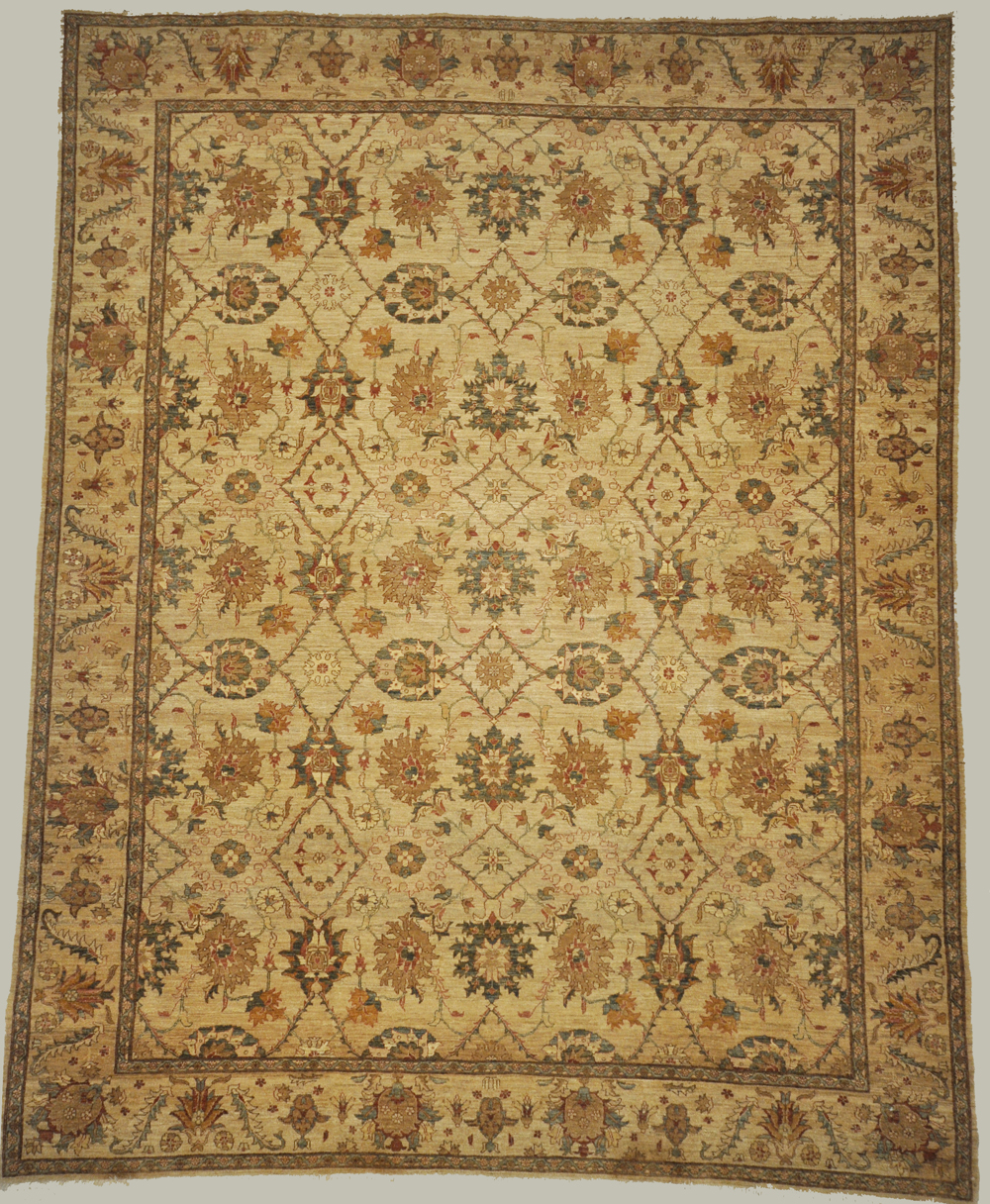 Finest Farahan rug and carpets that were produced in the Arak region of west central Iran, are remarkable for their ability to combine different qualities and sensibilities.