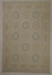 Fine Khotan rug and more oriental carpet 31392