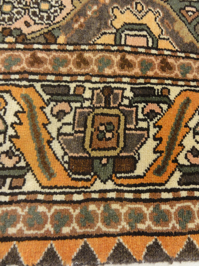 antique Bakhtiari 9'10x7'5 Ruge & More Oriental Carpets