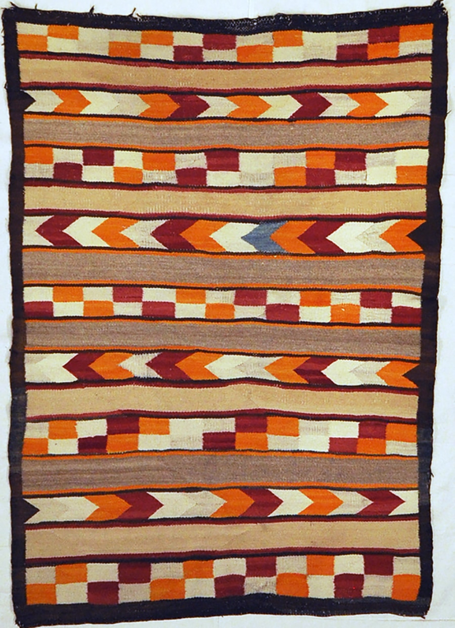Navajo Transitional Native American Rugs & More Oriental Carpets 32410
