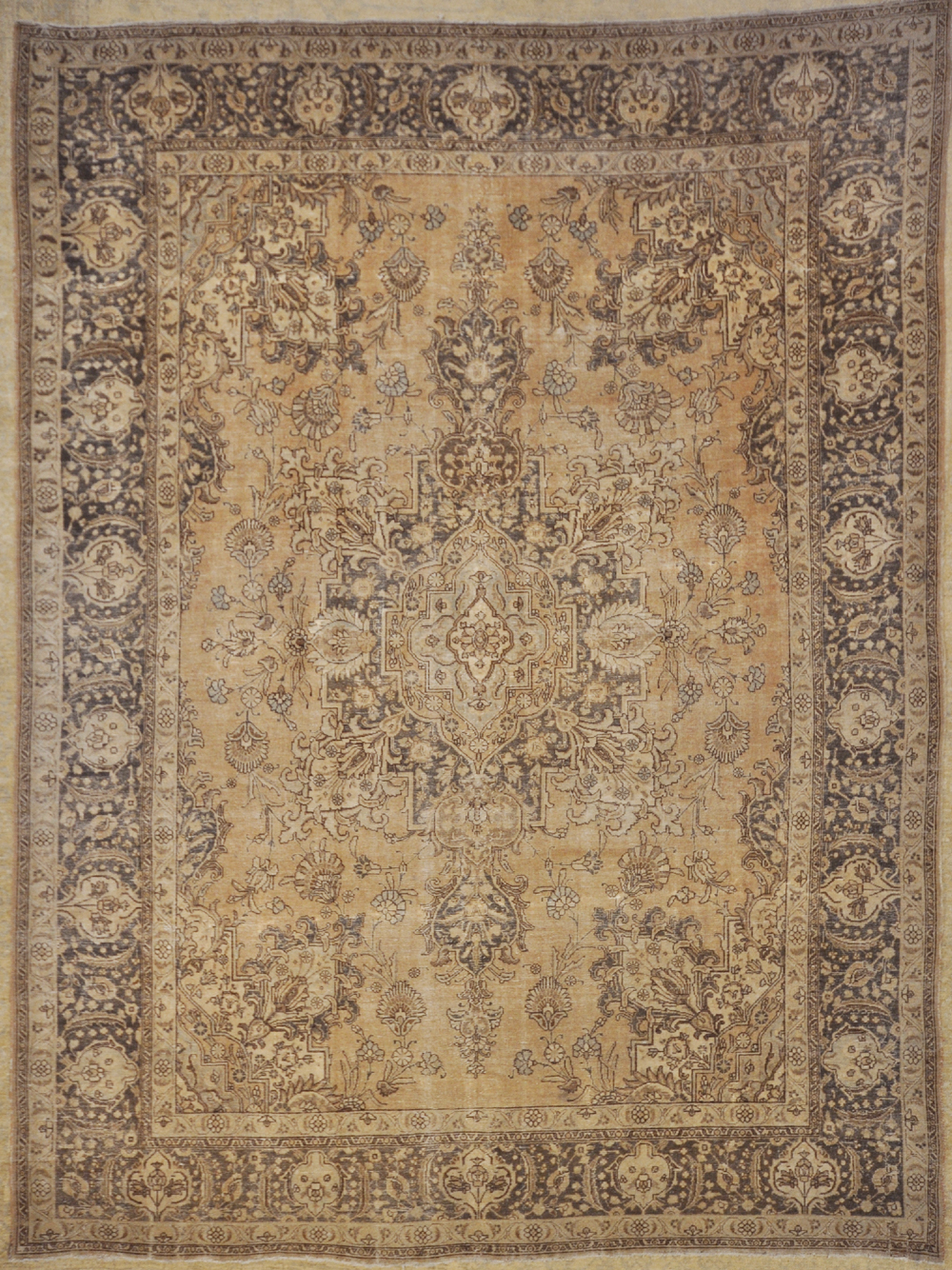 Antique Tabriz rugs and more oriental carpet 29683-
