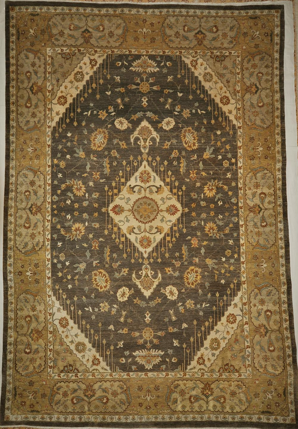 Fine Kazak rugs and more oriental carpet 29181-