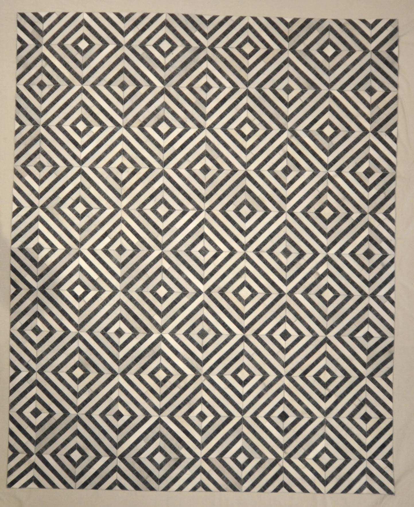 Modern Charcoal Ivory Rug Rugs and More | Santa Barbara Design Center 33002 .