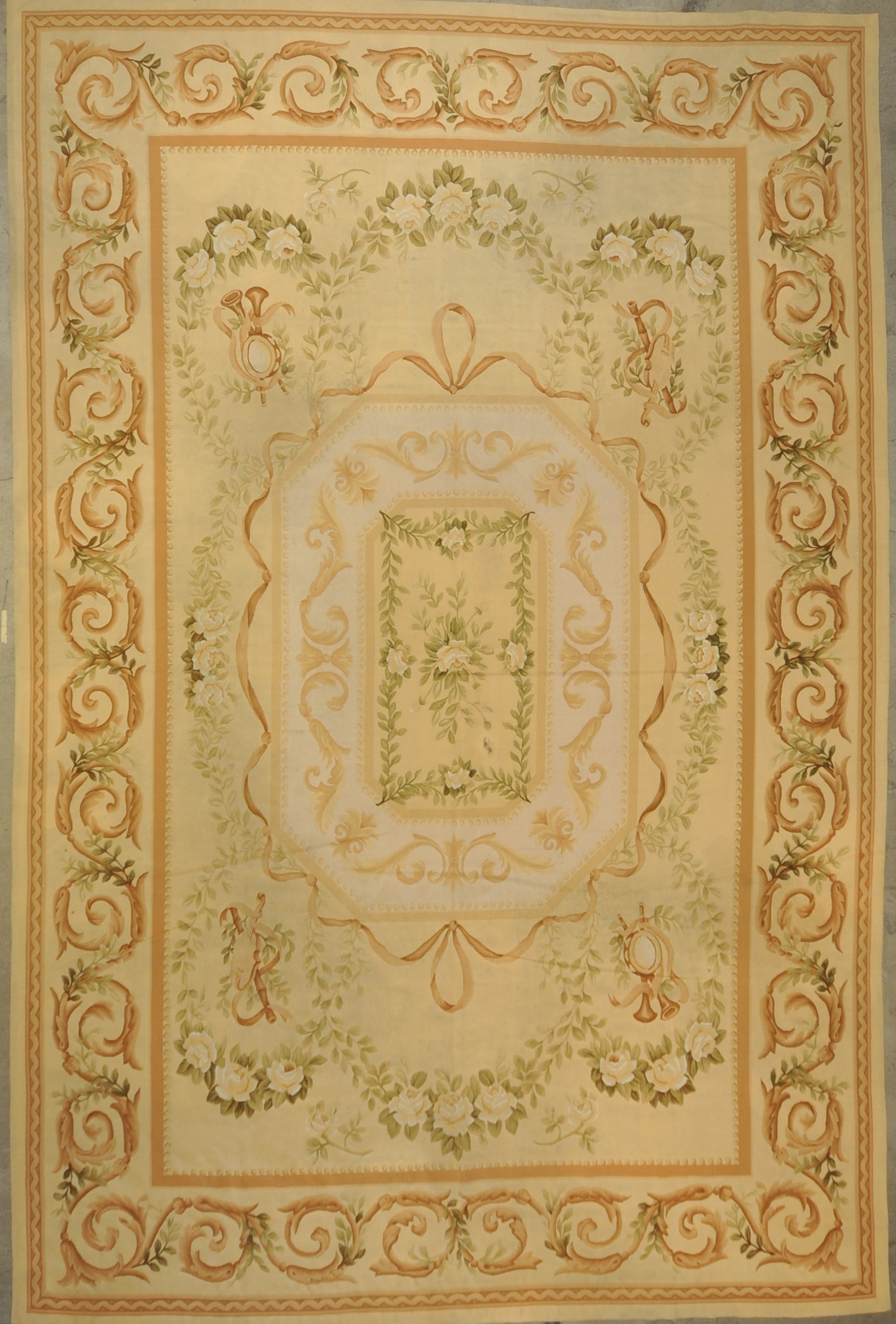 Vintage French Aubusson rugs and more oriental carpet 33335-