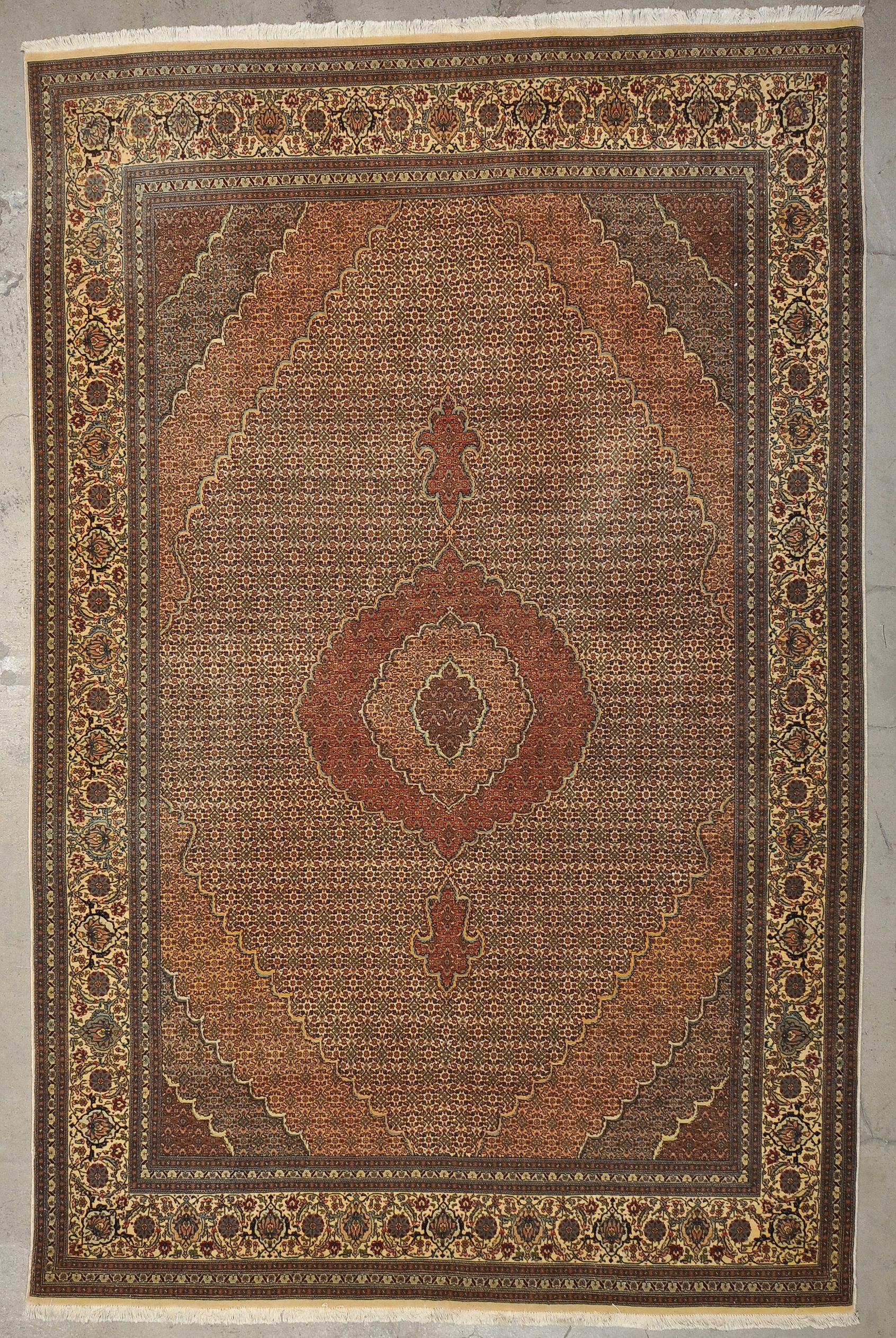 Vintage Persian Tabriz rugs and more oriental carpet 33455-