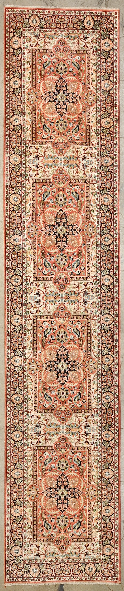 Kashmiri Runner rugs and more oriental carpet 33627-