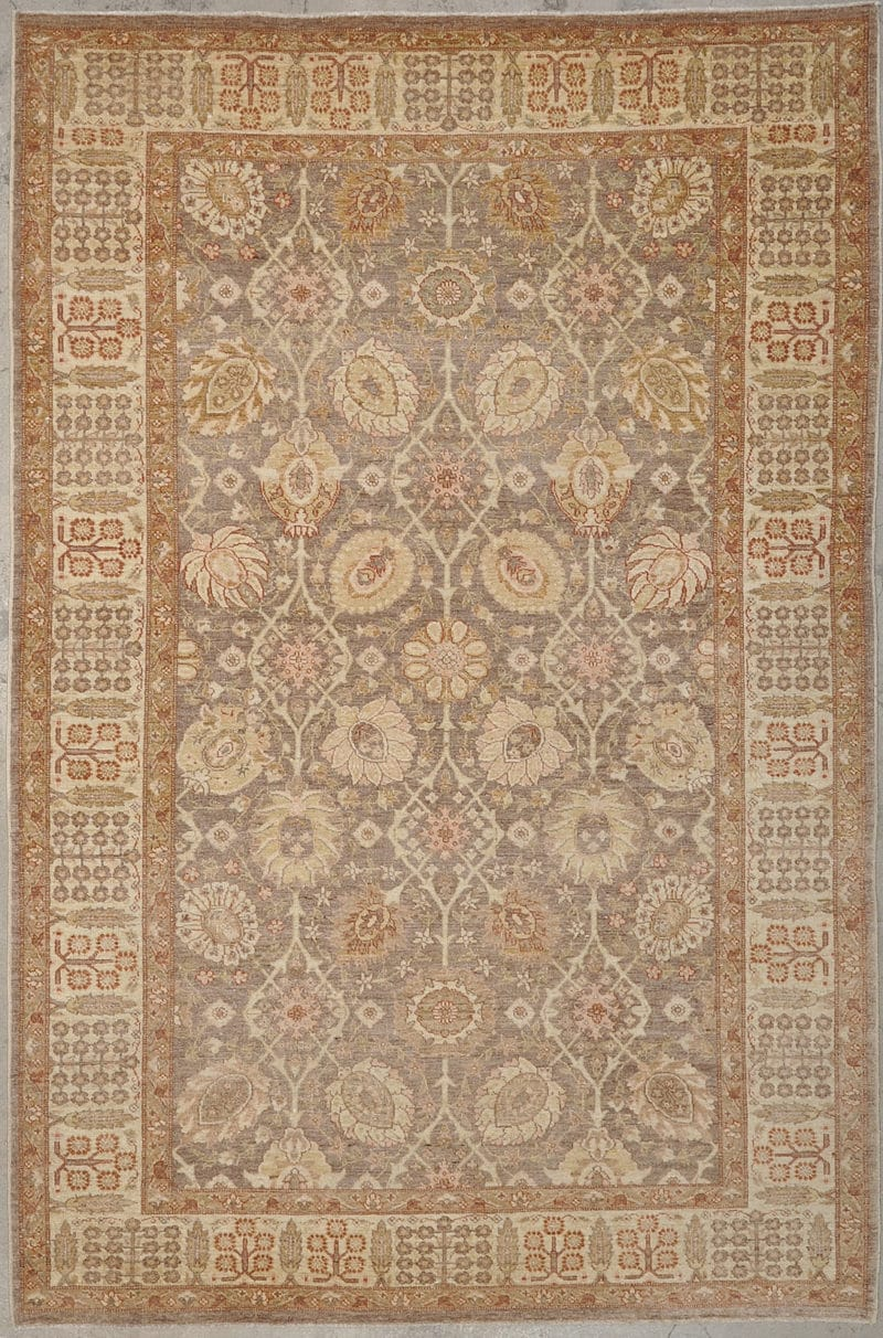 Ziegler & Co Tabriz hand made of natural wool and dyes. 6'3 x 9'5