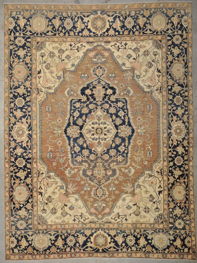 Vintage Serapi rugs and more oriental carpet 33667-