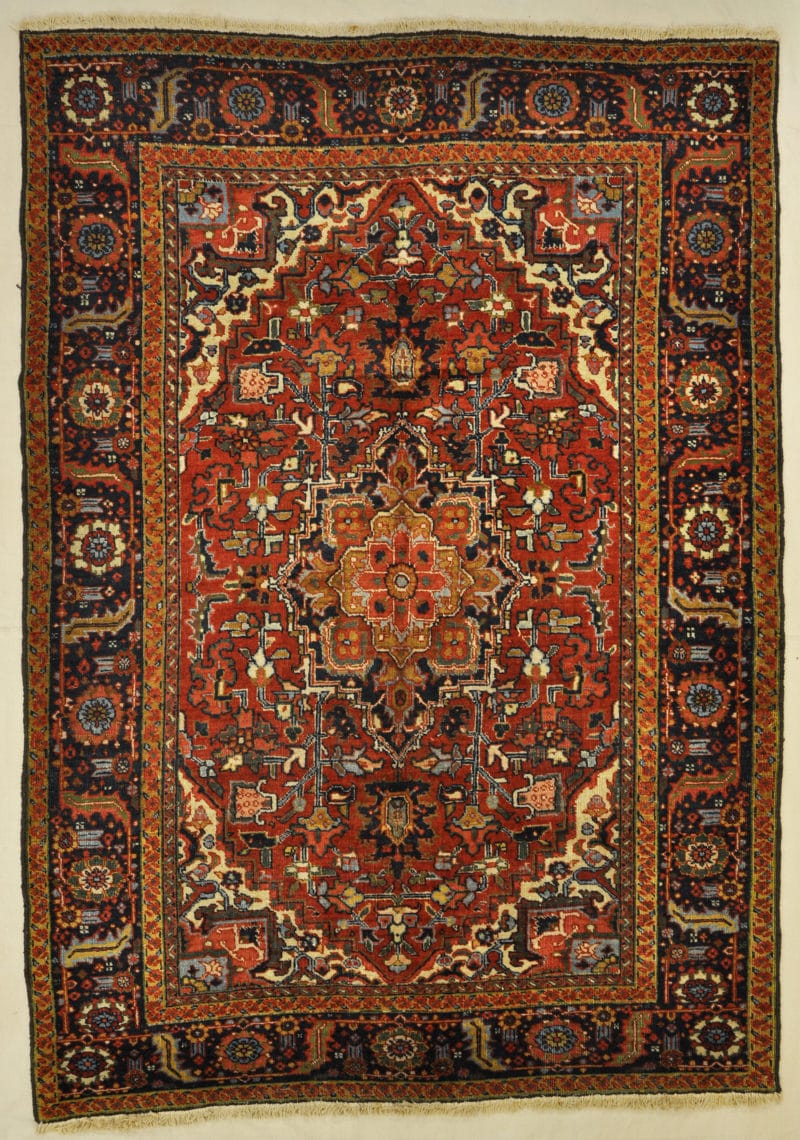 Antique Persian Heriz rugs and more oriental carpet 33840-