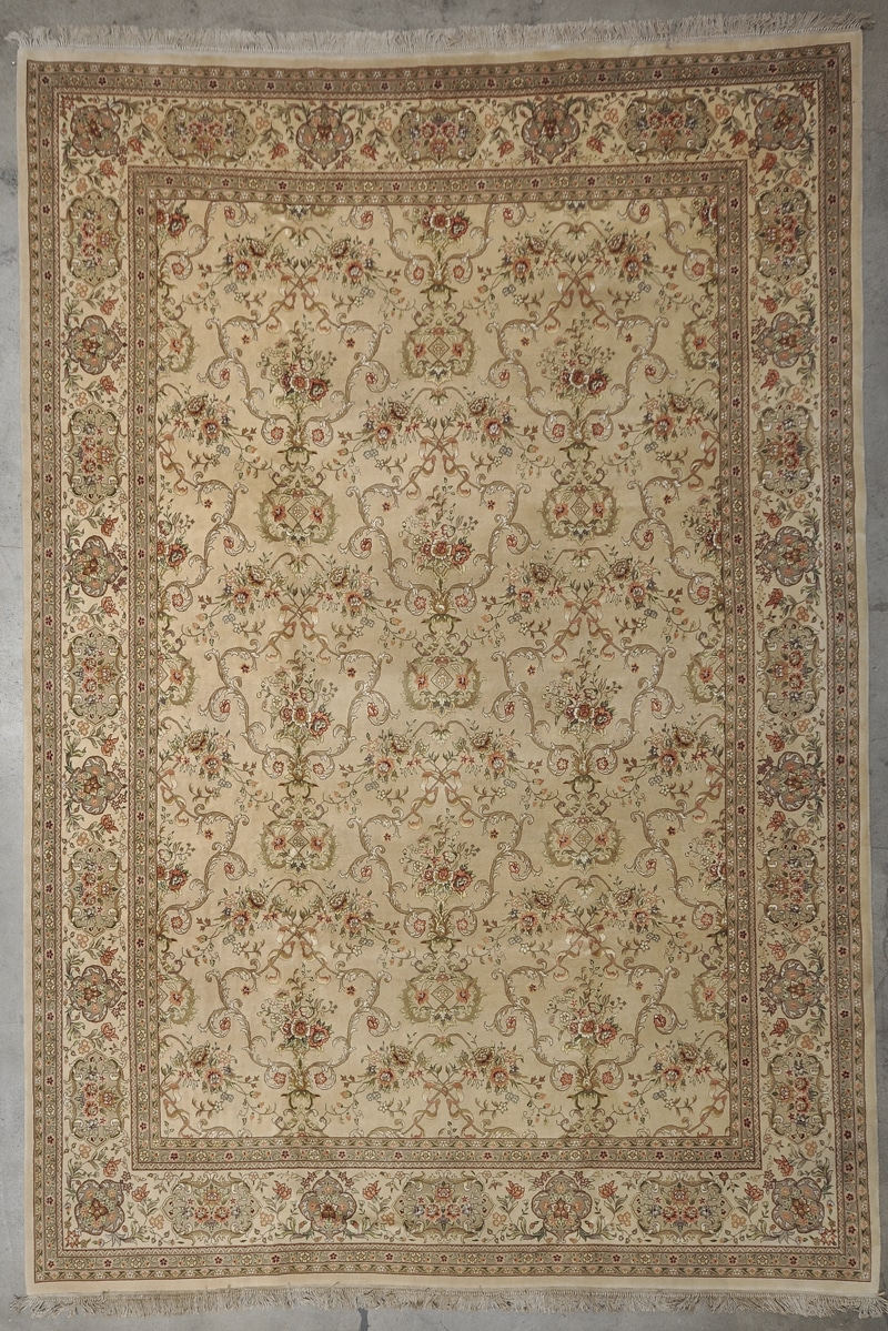 Fine Wool & Silk Tabriz rugs and more oriental carpet 33958-