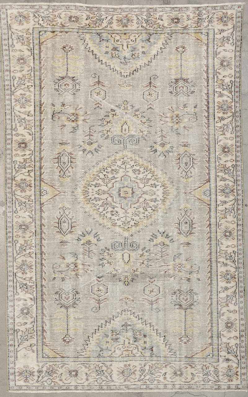 Antique Oushak rugs and more oriental carpet 34135-