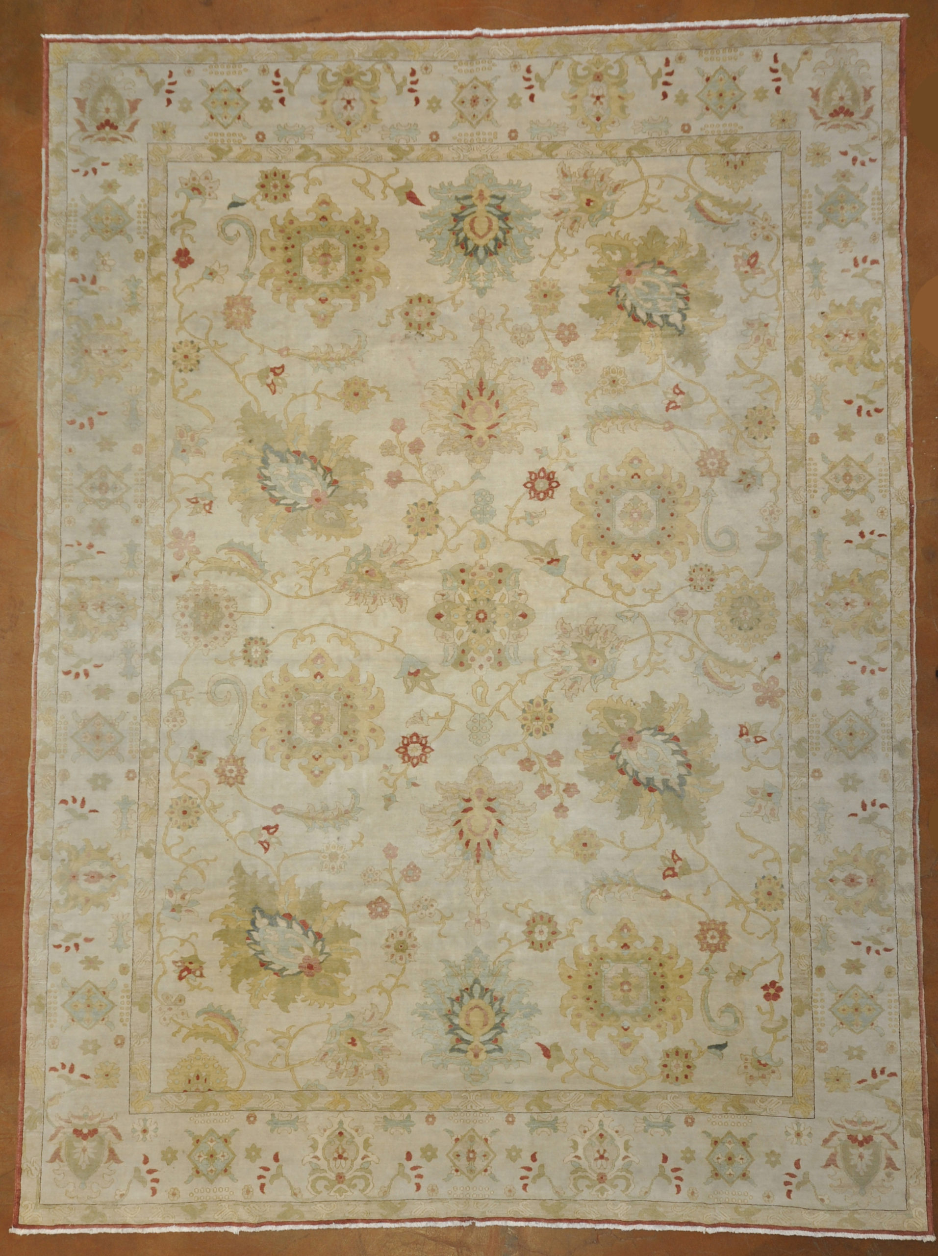 Vintage Sultanabad rugs and more oriental carpet -