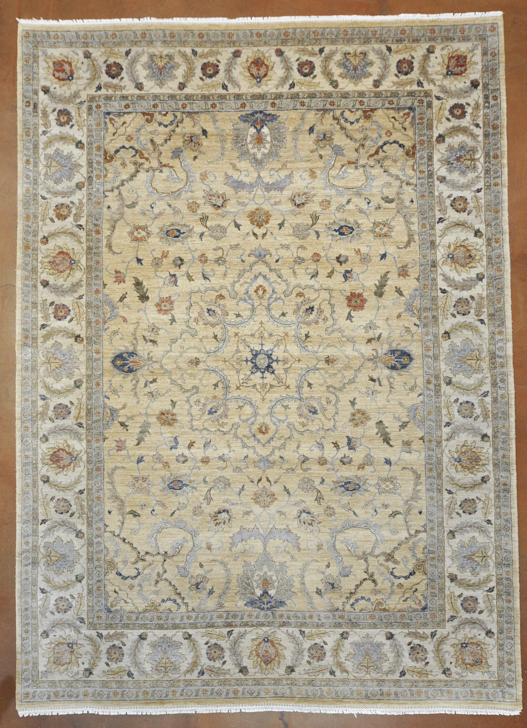 Fine Ziegler Agra rugs and more oriental carpet -